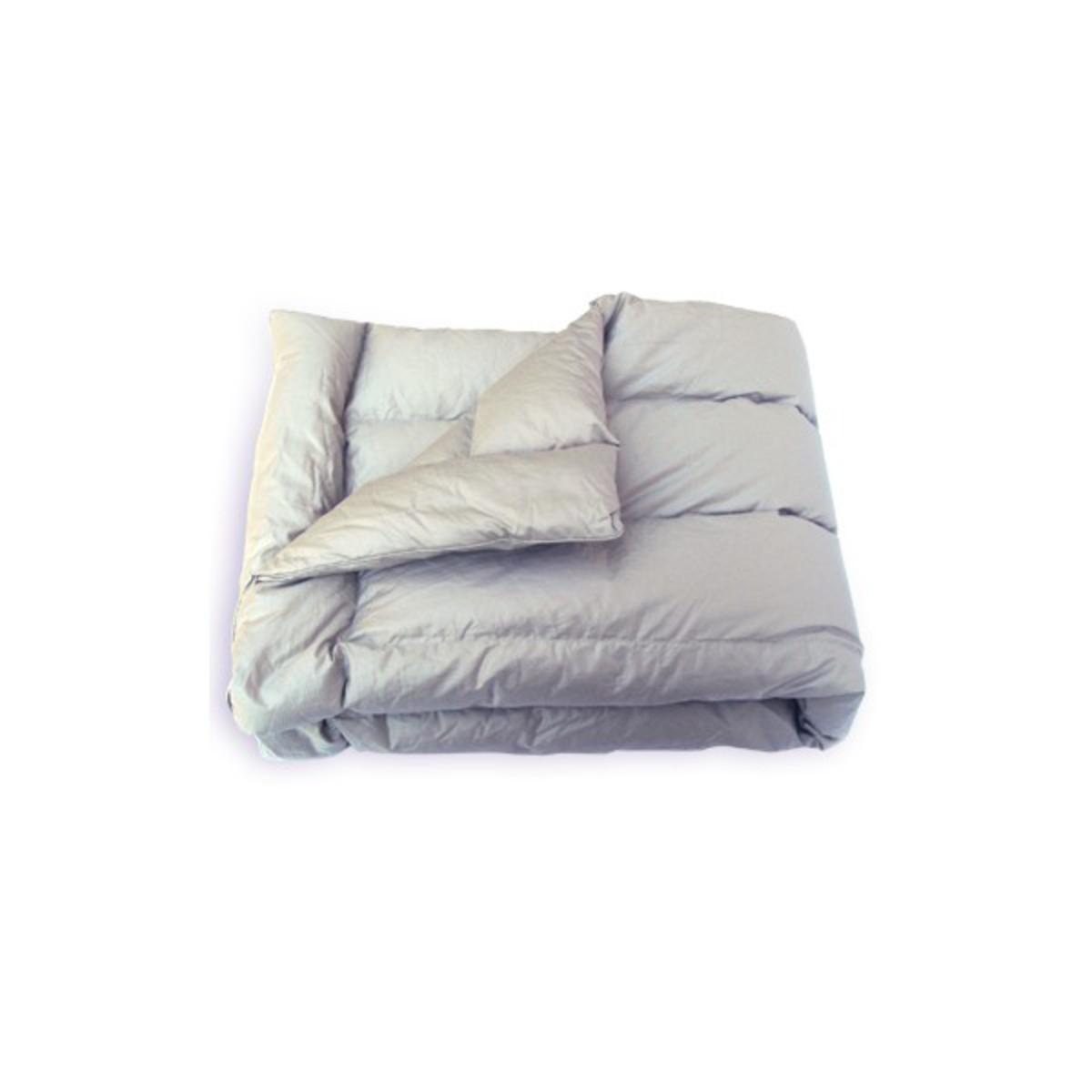 baby barolo duvet d 39 oie mastic linge de lit baby barolo sur l 39 armoire de b b. Black Bedroom Furniture Sets. Home Design Ideas