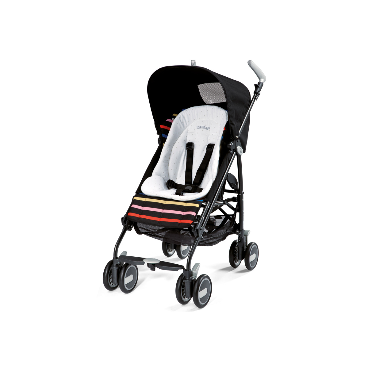 peg p rego coussin r ducteur pour chaises hautes chaise haute peg p rego sur l 39 armoire de b b. Black Bedroom Furniture Sets. Home Design Ideas