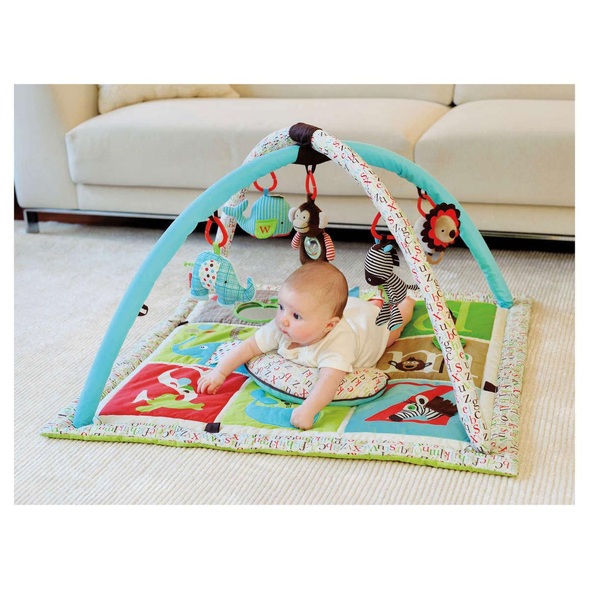 skip hop tapis d 39 veil abc zoo tapis veil skip hop sur. Black Bedroom Furniture Sets. Home Design Ideas