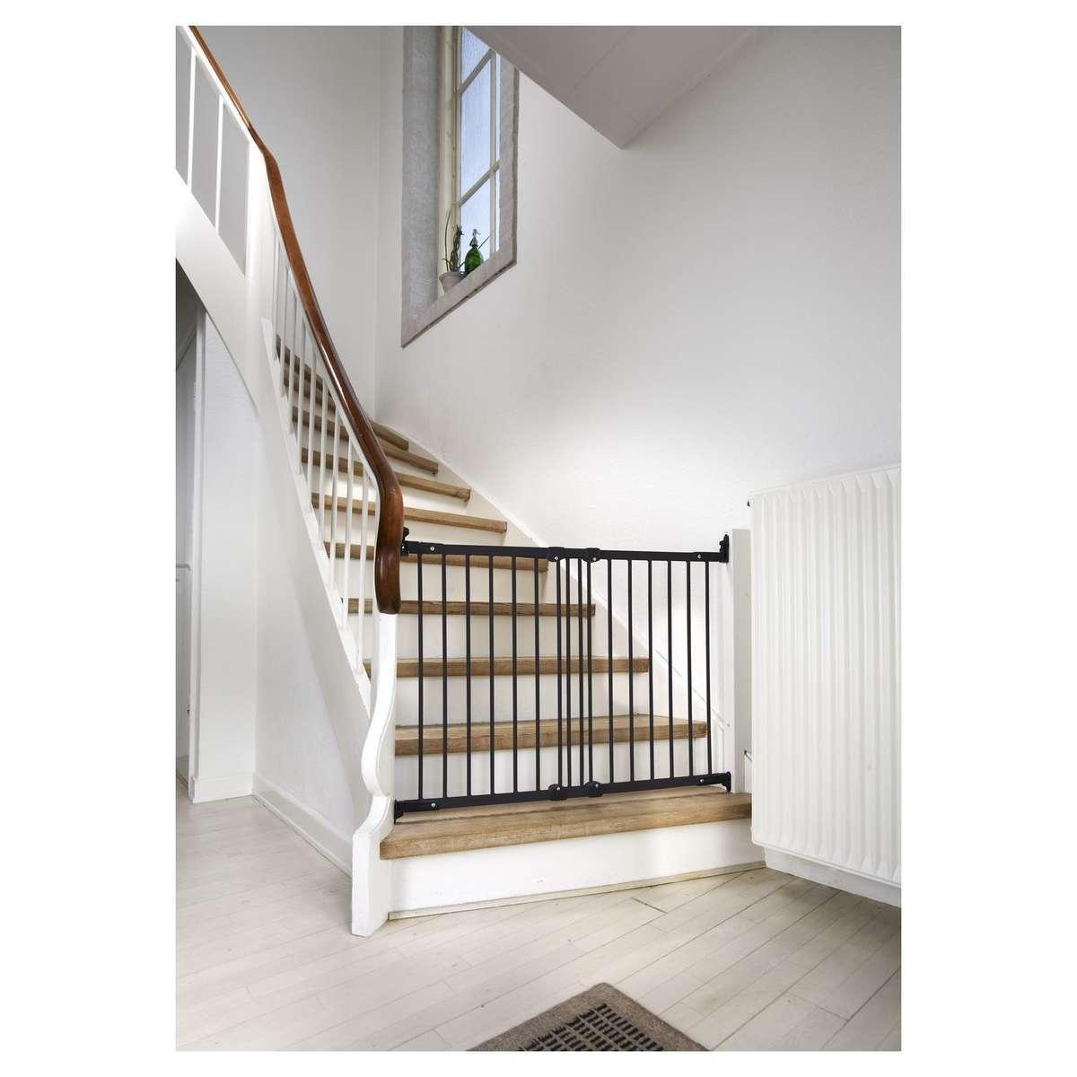 babydan barri re de s curit en m tal flexifit noir barri re de s curit babydan sur l. Black Bedroom Furniture Sets. Home Design Ideas