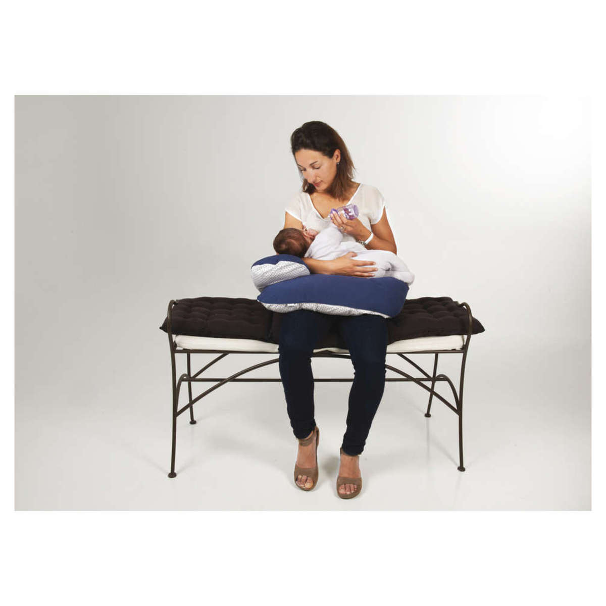 candide coussin d 39 allaitement confort evolutif gris triangles coussin allaitement candide. Black Bedroom Furniture Sets. Home Design Ideas