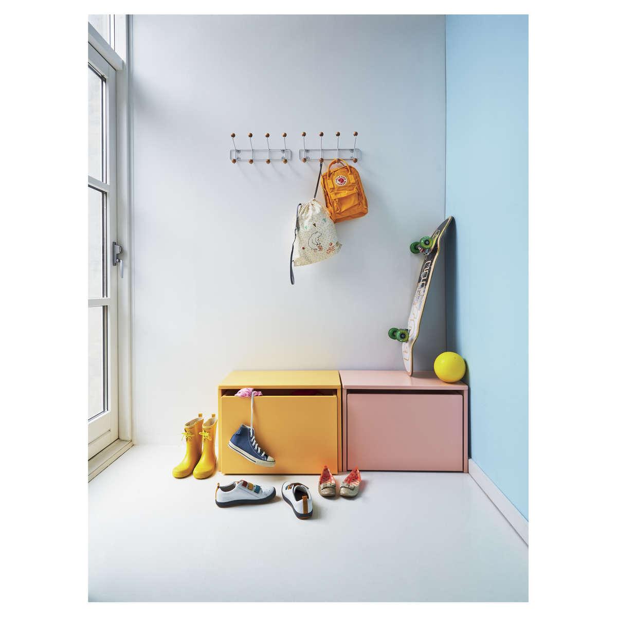flexa coffre de rangement play jaune rangement jouet flexa sur l 39 armoire de b b. Black Bedroom Furniture Sets. Home Design Ideas