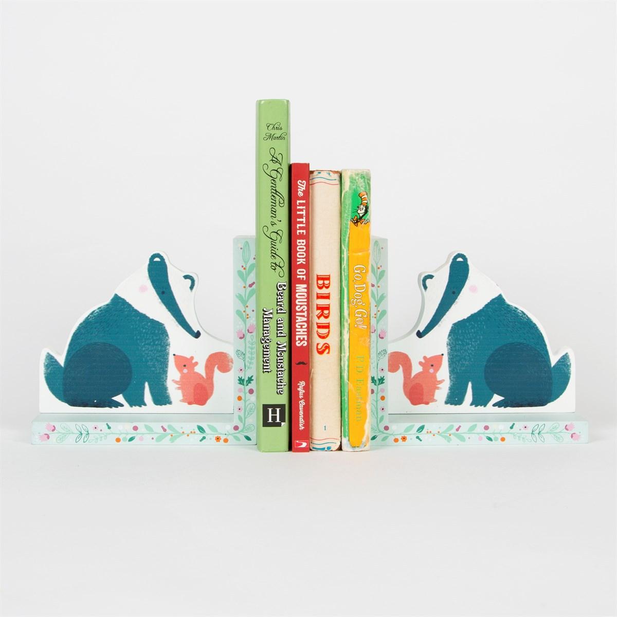 serre livres blaireau woodland friends heart341 achat vente livre carte sur. Black Bedroom Furniture Sets. Home Design Ideas