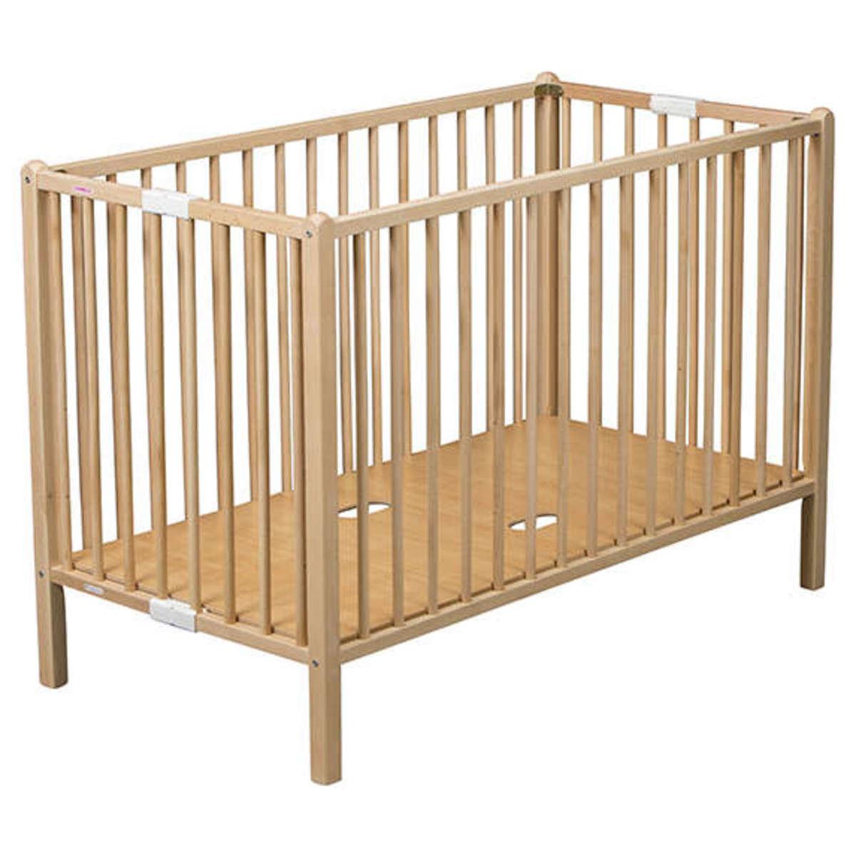 combelle lit b b pliant rom o 60 x 120 cm lit b b combelle sur l 39 armoire de b b. Black Bedroom Furniture Sets. Home Design Ideas