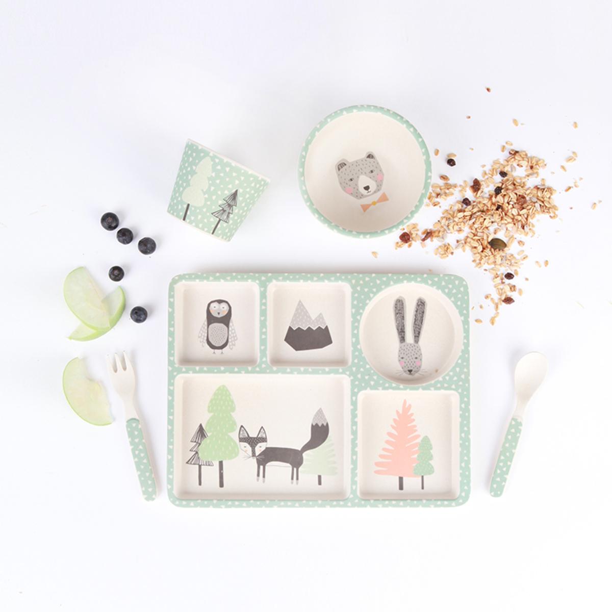 love mae coffret bambou 5 pi ces renard cie coffret repas love mae sur l 39 armoire de b b. Black Bedroom Furniture Sets. Home Design Ideas