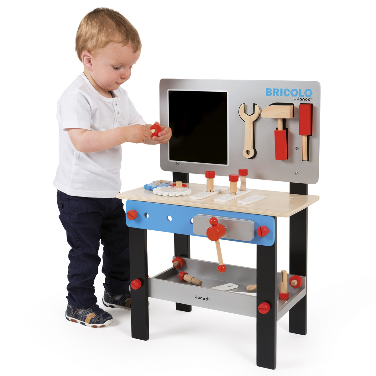 janod etabli magn tique mes premiers jouets janod sur l 39 armoire de b b. Black Bedroom Furniture Sets. Home Design Ideas