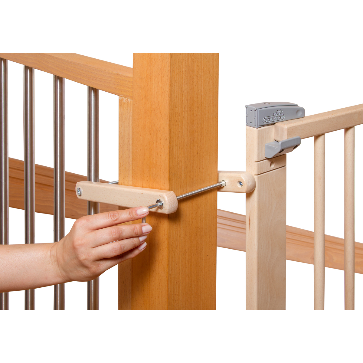 geuther barri re en bois pour escalier a percer 95. Black Bedroom Furniture Sets. Home Design Ideas