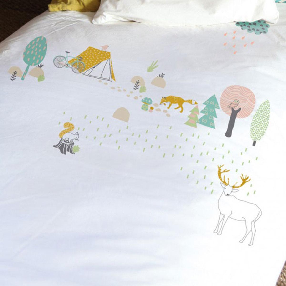 mimi 39 lou parure de lit for t taille s linge de lit mimi 39 lou sur l 39 armoire de b b. Black Bedroom Furniture Sets. Home Design Ideas