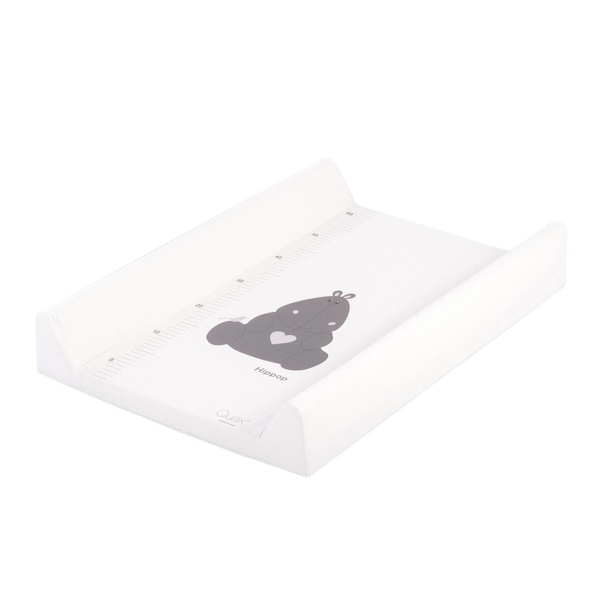 quax matelas langer hippop avec toise blanc matelas et housse langer quax sur l 39 armoire. Black Bedroom Furniture Sets. Home Design Ideas