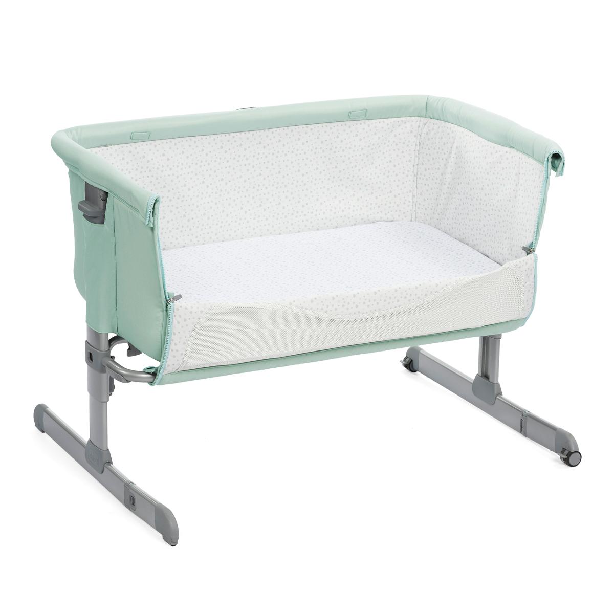 chicco berceau cododo next 2 me dusty green lit b b chicco sur l 39 armoire de b b. Black Bedroom Furniture Sets. Home Design Ideas