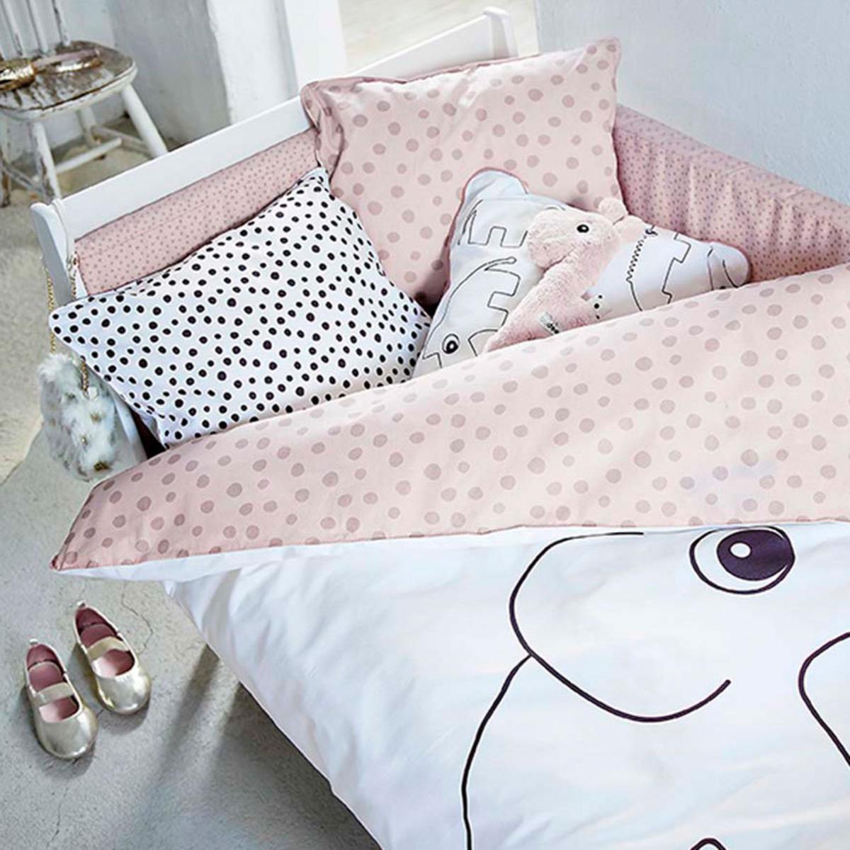 done by deer parure de lit junior elphee rose linge de lit done by deer sur l 39 armoire de b b. Black Bedroom Furniture Sets. Home Design Ideas