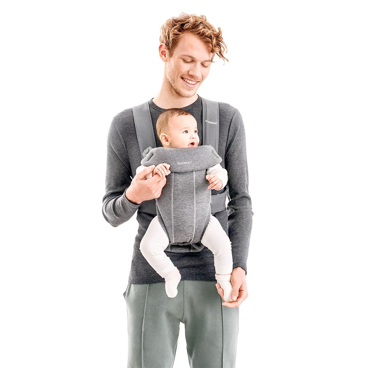 BabyBjörn Porte-bébé Mini 3D Jersey - Gris Clair - Porte bébé ... 54c80db80c6