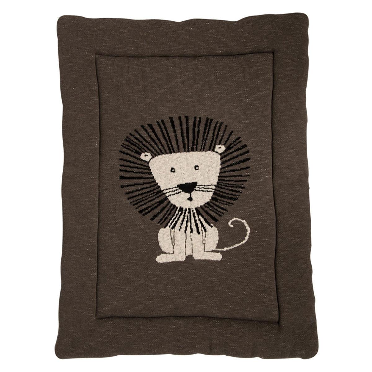 quax fond de parc lion parc b b quax sur l 39 armoire de. Black Bedroom Furniture Sets. Home Design Ideas