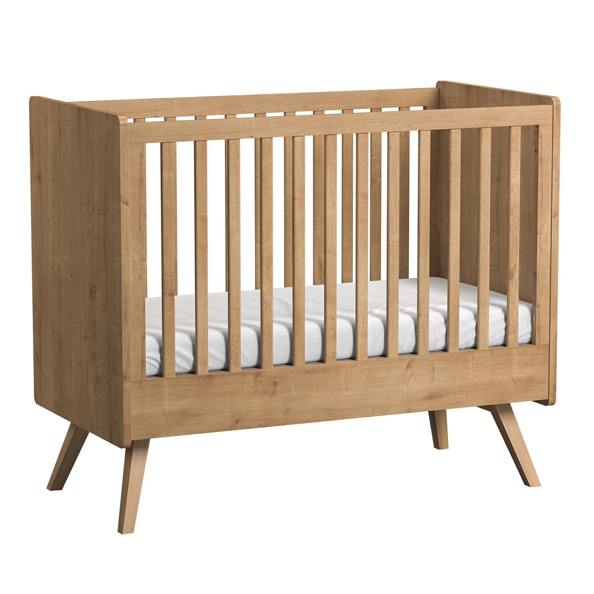 vox meubles lit b b evolutif vintage ch ne 60 x 120 cm lit b b vox meubles sur l 39 armoire. Black Bedroom Furniture Sets. Home Design Ideas