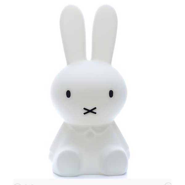mr maria lampe miffy s lapin lampe poser mr maria sur l 39 armoire de b b. Black Bedroom Furniture Sets. Home Design Ideas